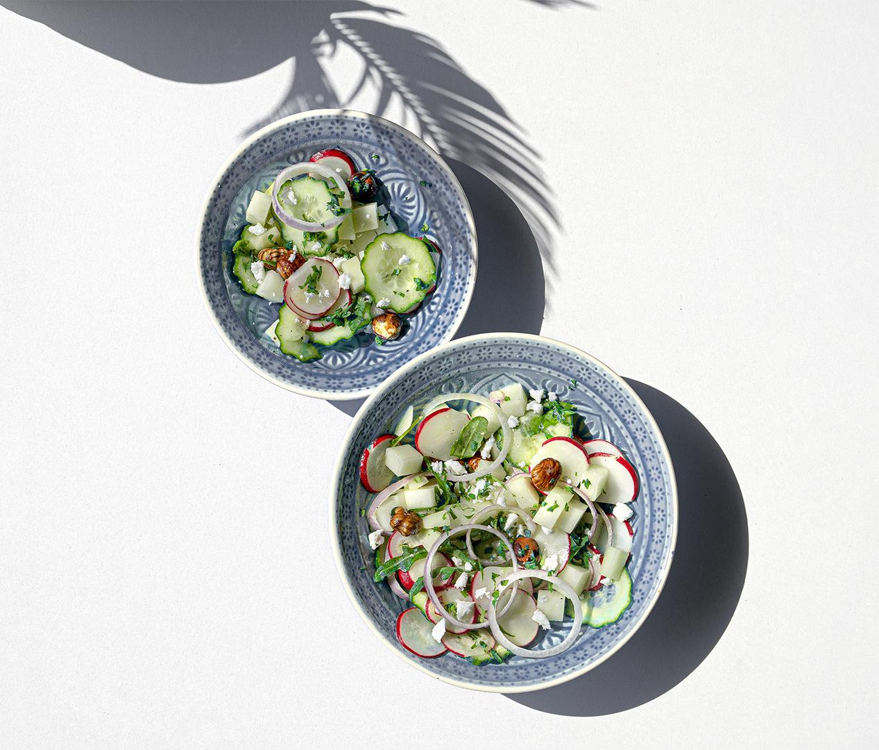 Kohlrabi Salat mit Rote Beete, Radieschen und Mandeln
